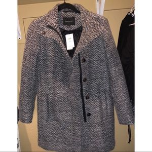 Banana republic NWT black & white herringbone coat